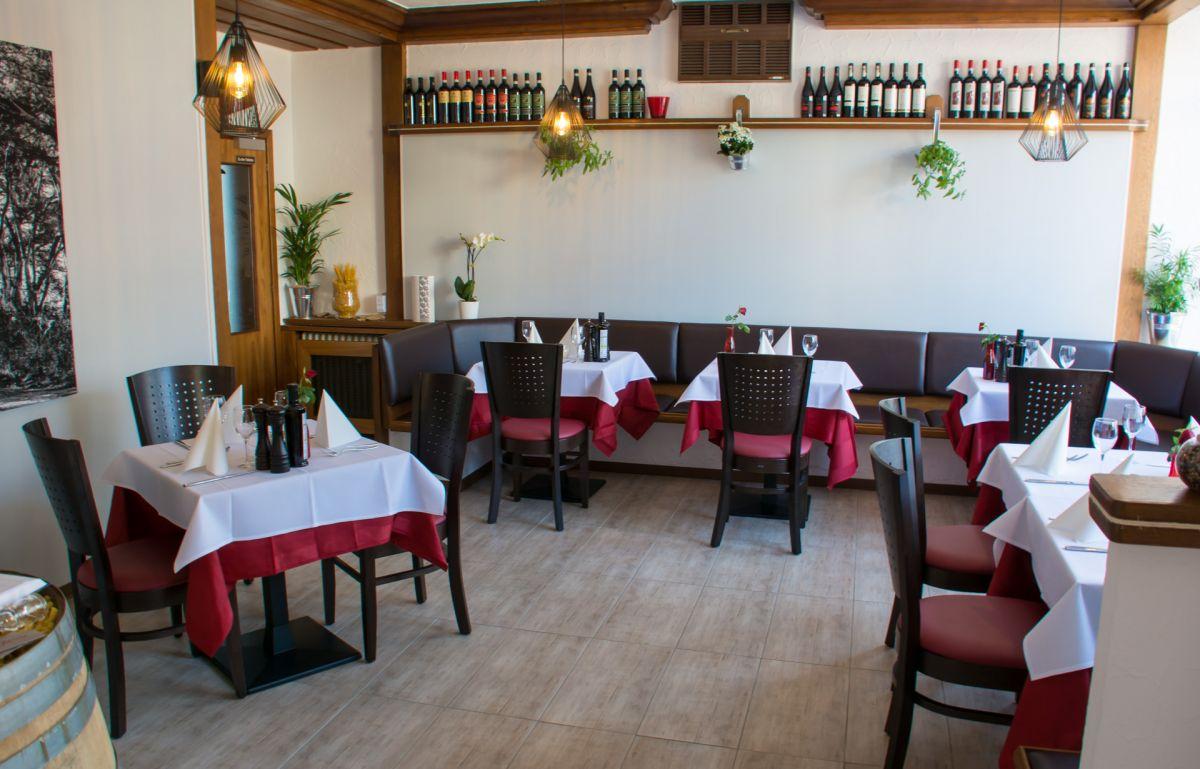ristorante lizinio stuttgart plieningen italienische. Black Bedroom Furniture Sets. Home Design Ideas